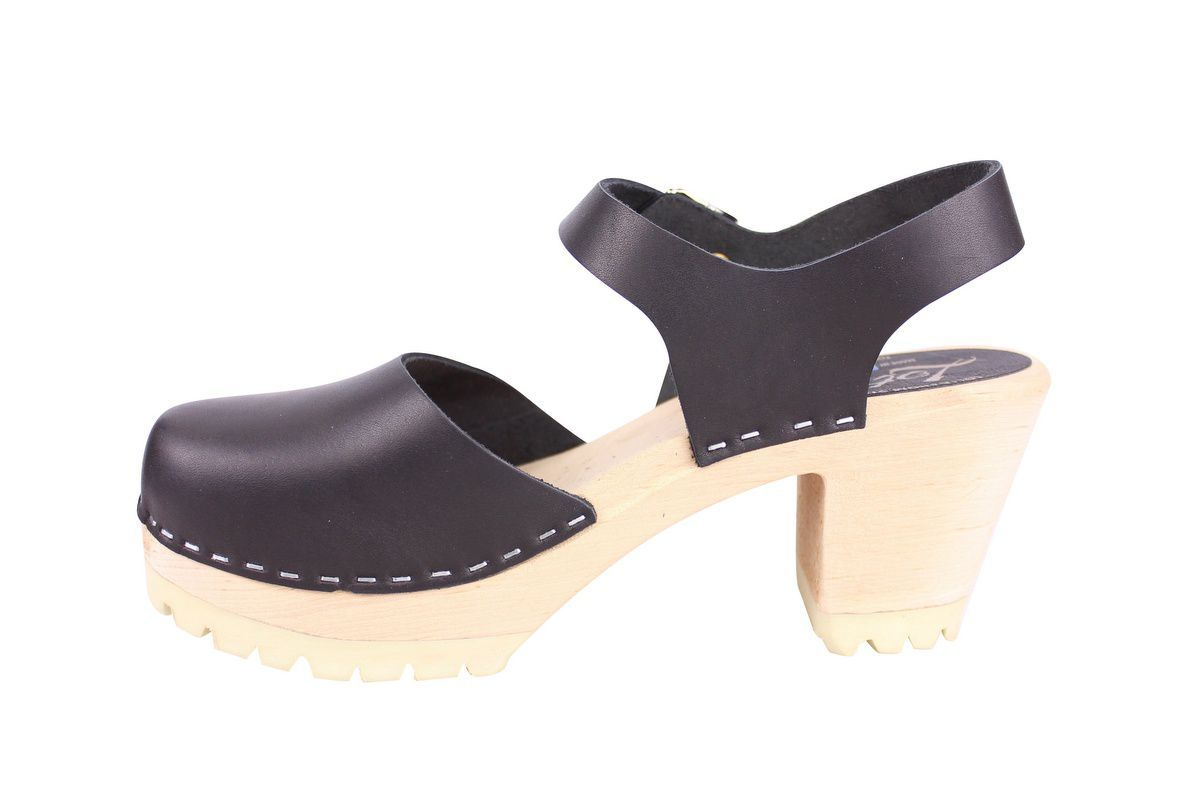 Highwood tractor sole black clogs rev side