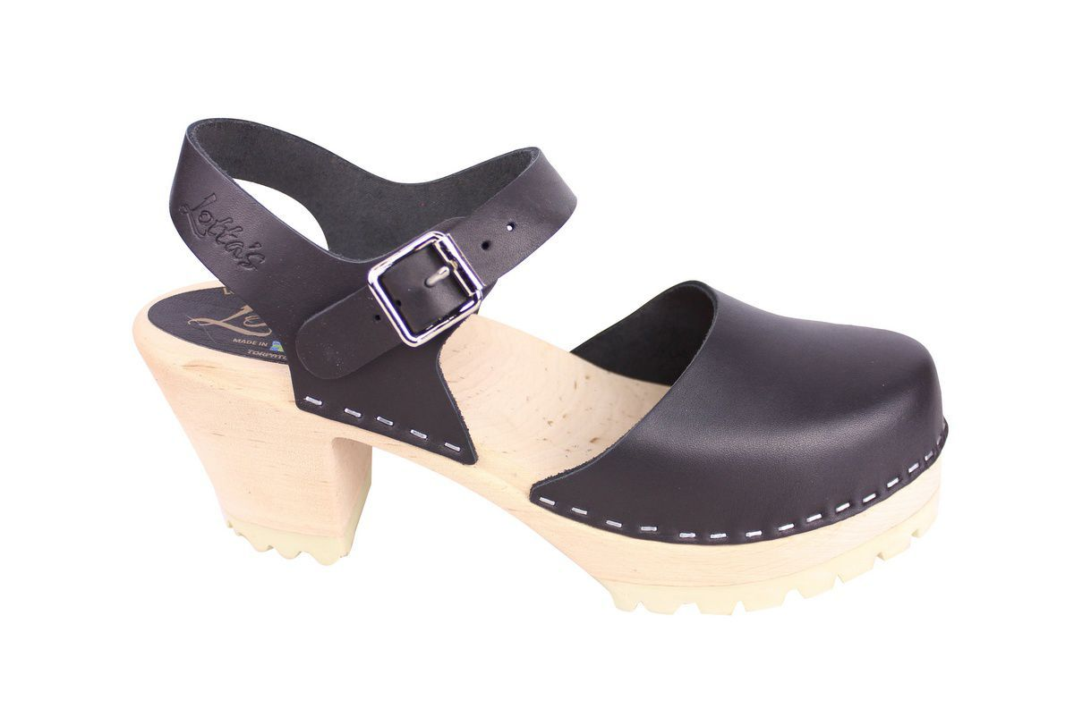 Highwood tractor sole black clogs side 2