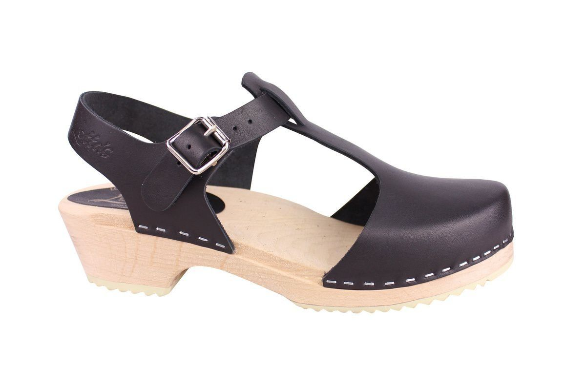 Low woot T-bar Black Clogs side