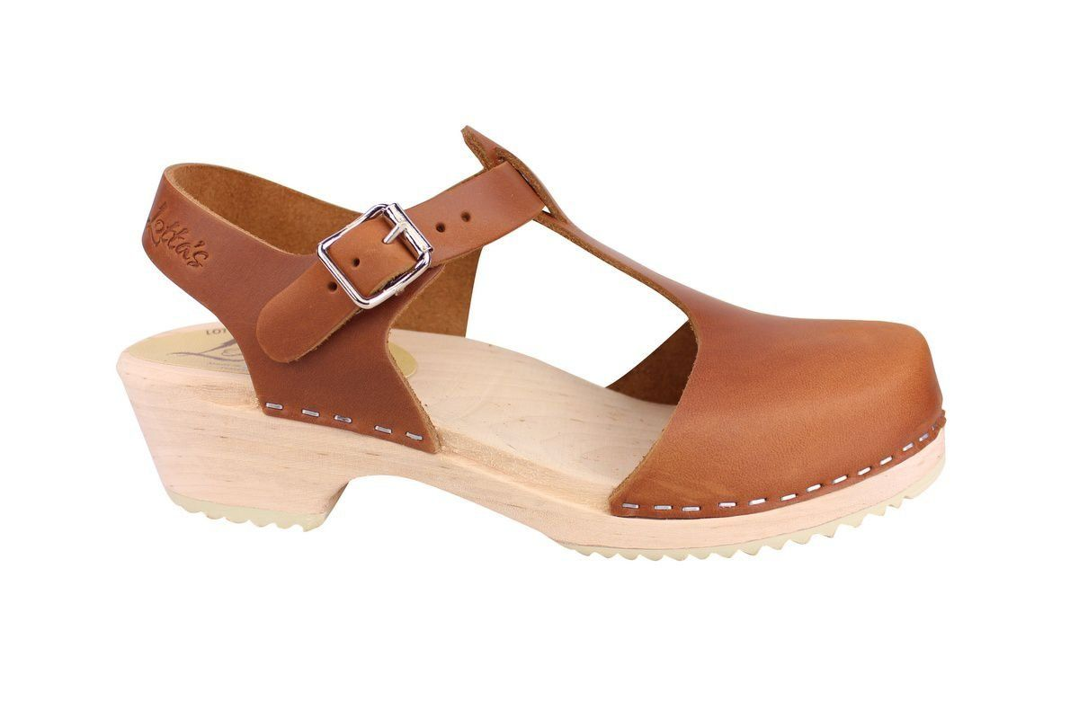 Low wood T-bar brown oiled nubuck clogs side
