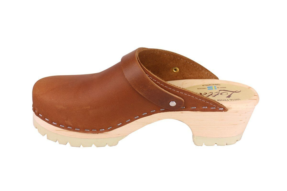 Classic Brown oiled nubuck clogs with strap and tractor sole rev side 2