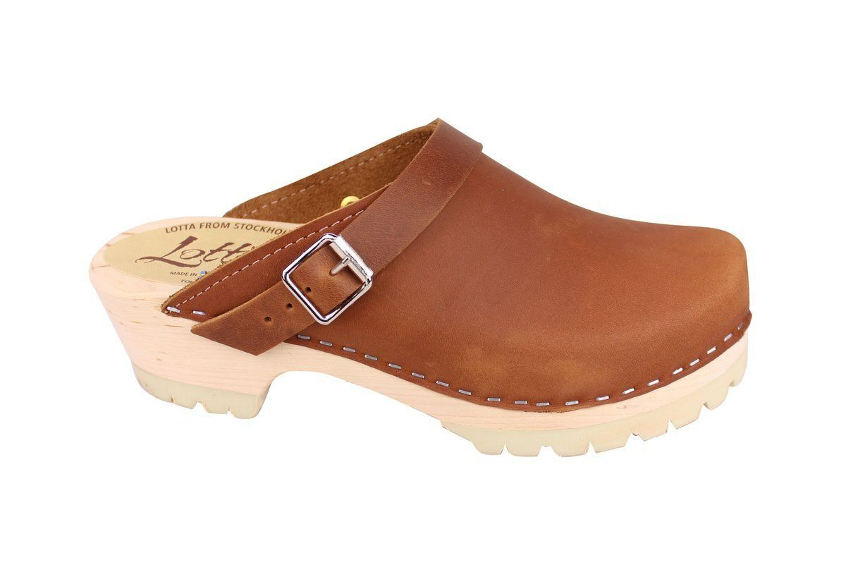 Classic Brown oiled nubuck clogs with strap and tractor sole side 2