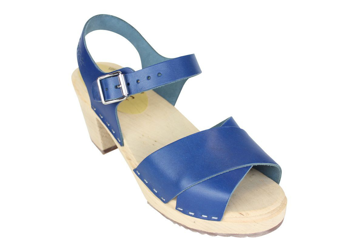 Cross Over Clogs Ocean Blue