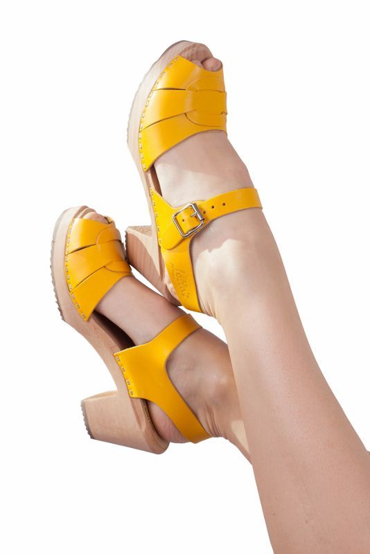 Lotta From Stockholm Peep Toe Summer Yellow legs