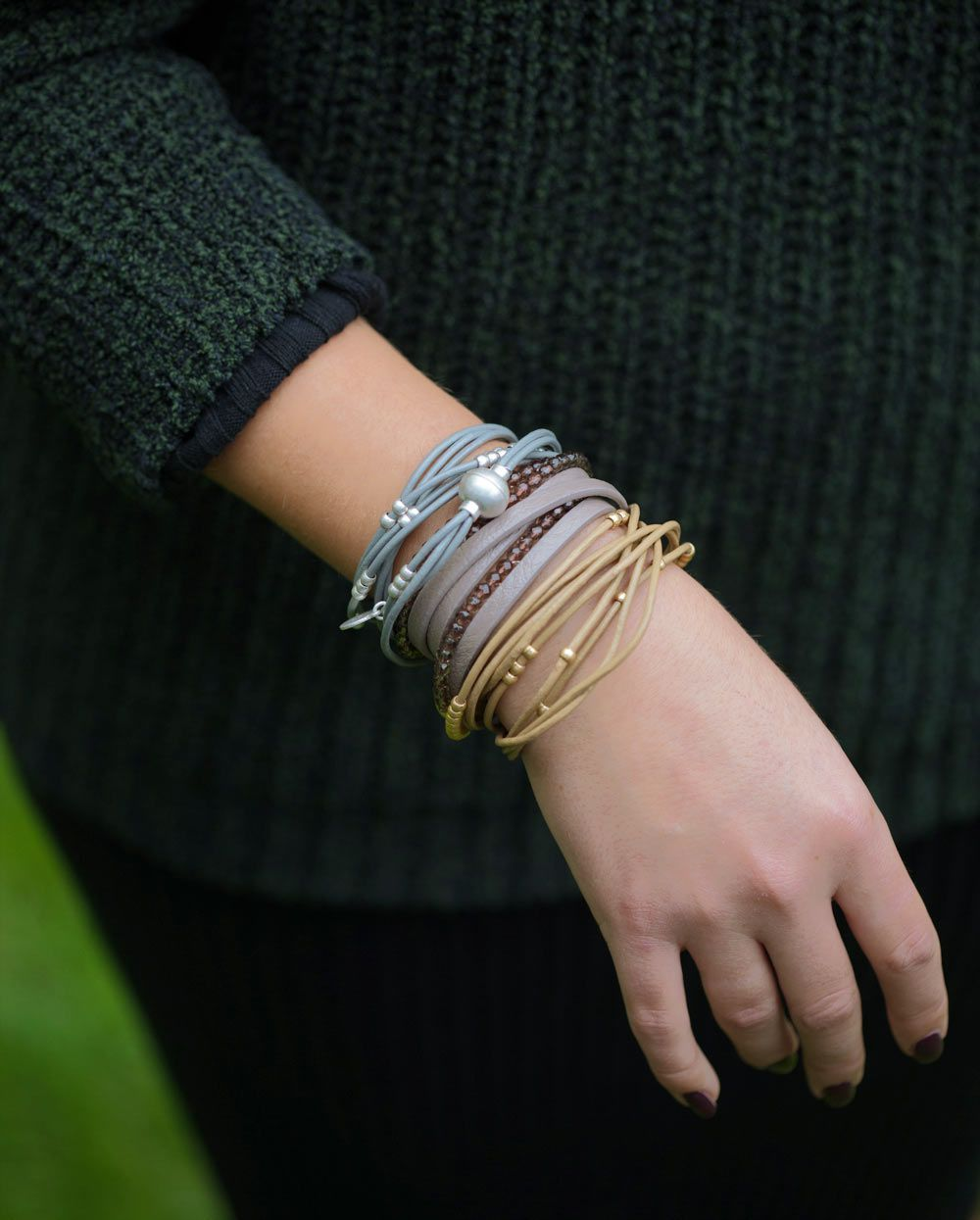 Signature Bracelet Grey Leather and Worn Silver