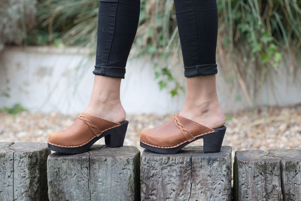 High Heel Classic Clog Brown Oiled Nubuck with Black Sole