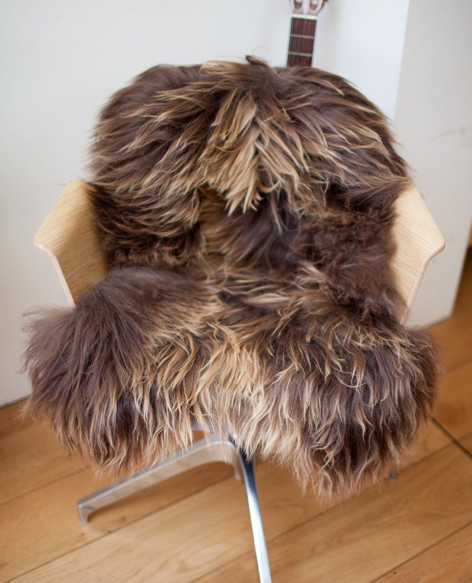 Rusty Brown Icelandic Sheepskin M