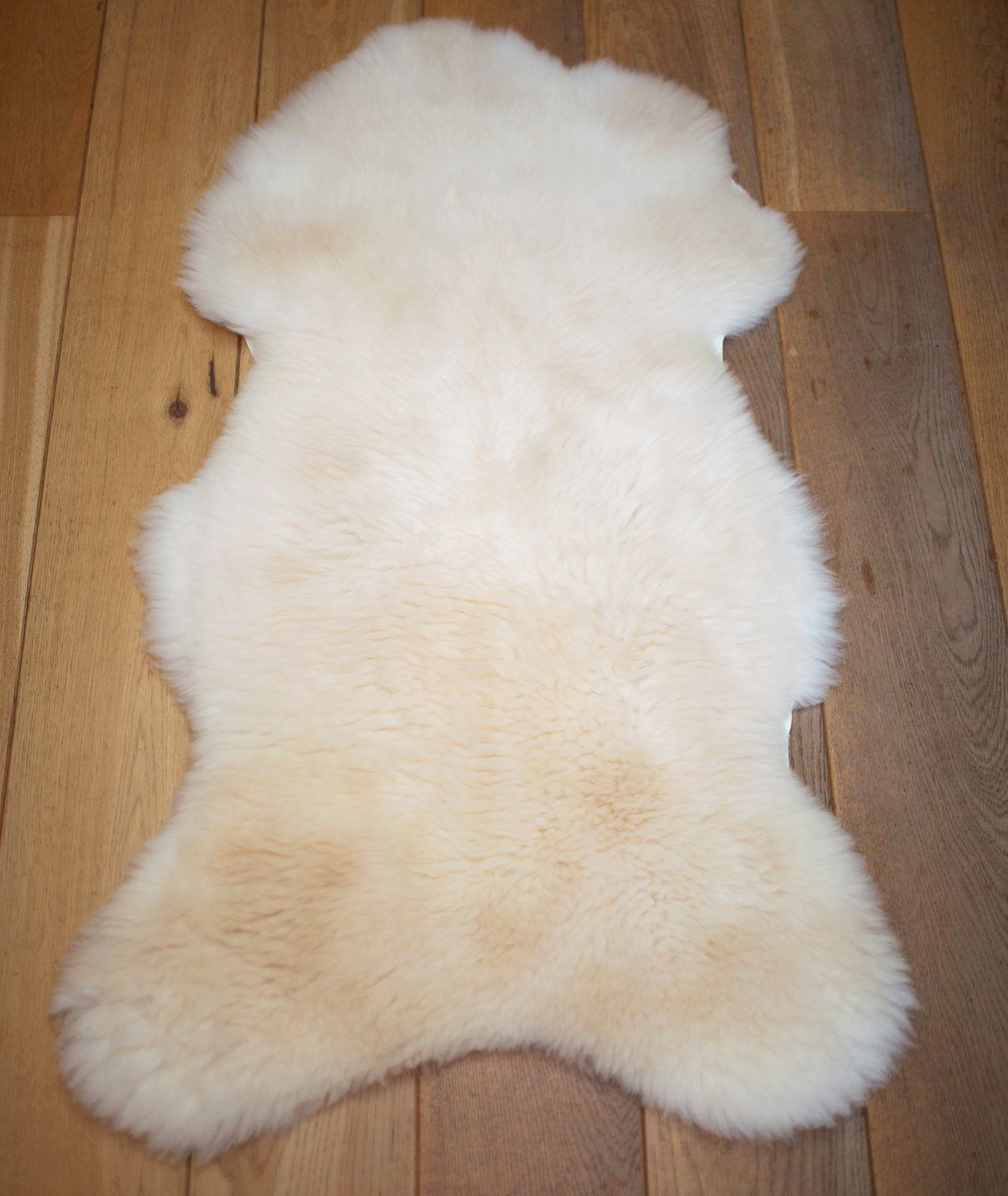 Off-white UK sheepskin rug L
