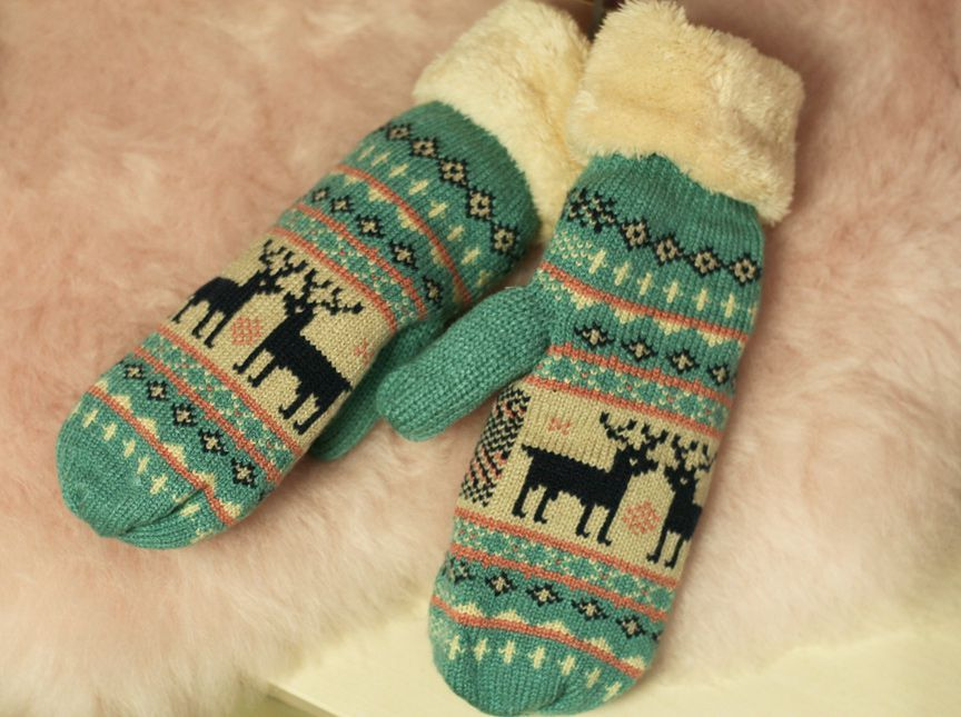 Powder Cosy Fair Isle Mittens in Ice Blue