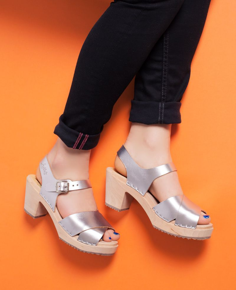 Cross Over Clogs Silver. Seconds