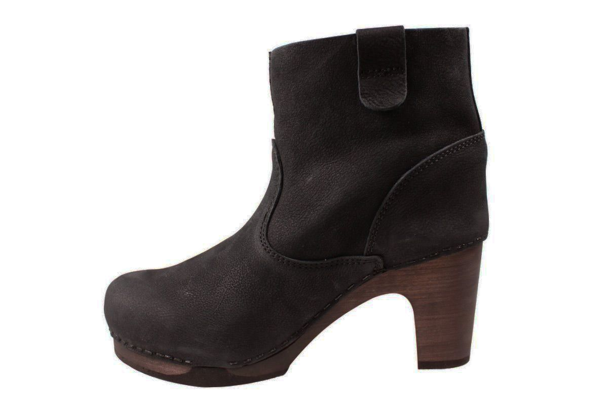 Sanita Viva Clog Boot in Black Flex