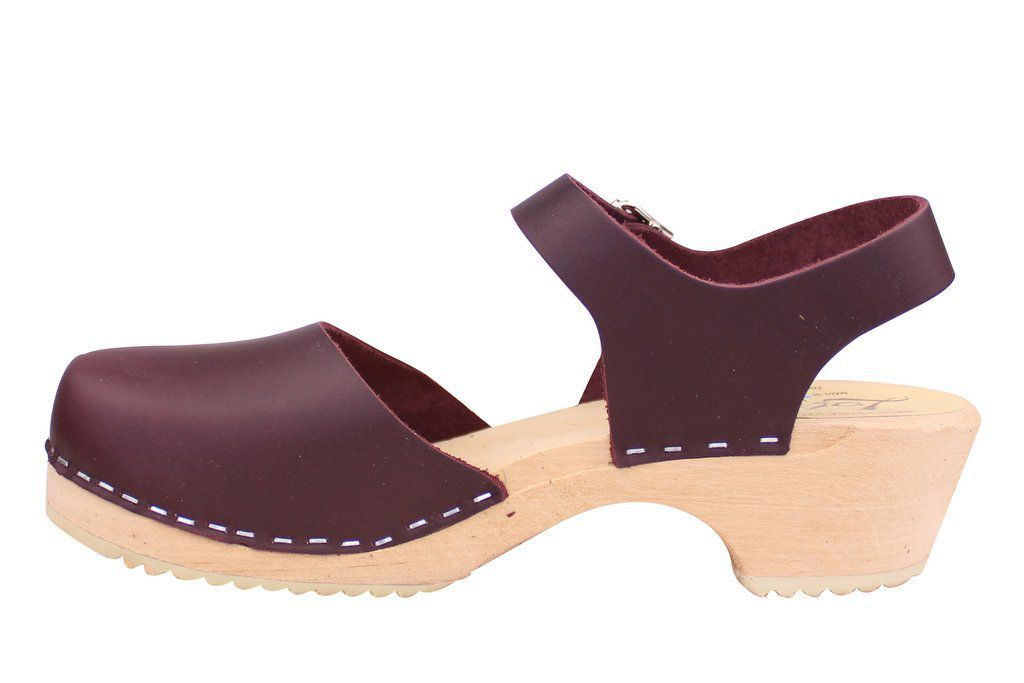 Lotta's Low Wood Closed Toe Aubergine