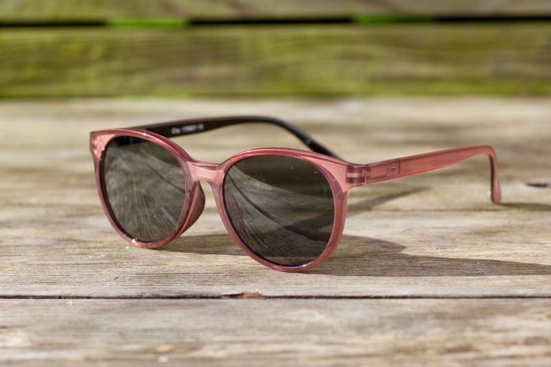 Have A Look City Sunglasses in Coral and Black