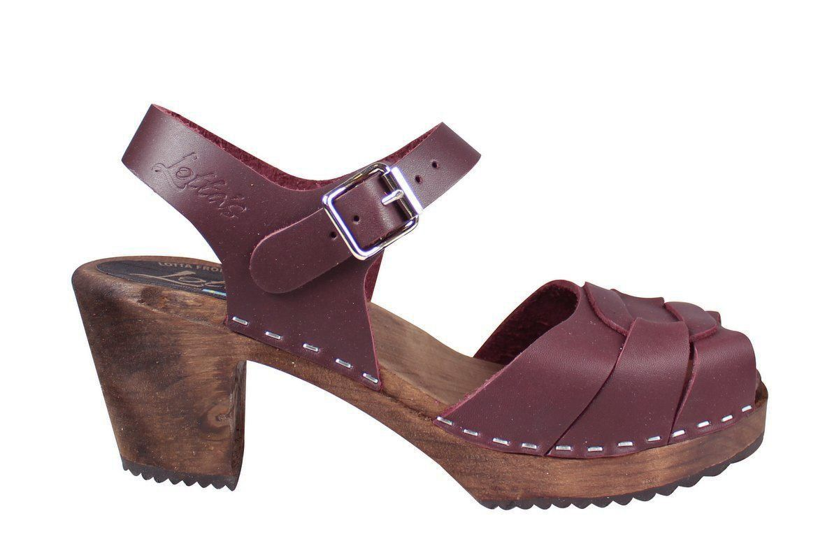 Peep Toe Aubergine on Brown Base