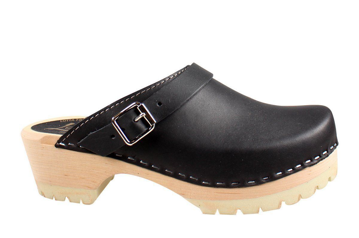 Classic Tractor Sole in Black Leather
