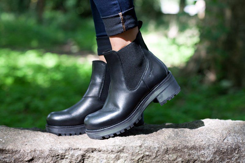 Ten Points Clarisse Black Chelsea Boot Elasticated