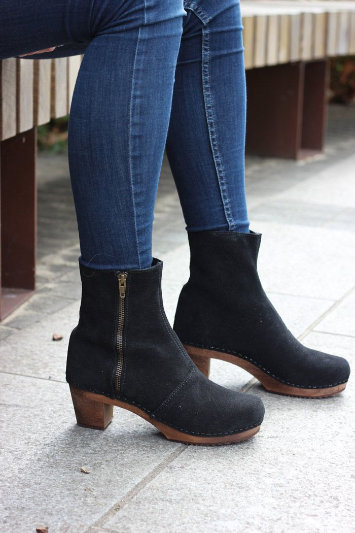 Lotta's Emma Clog Boots in Black