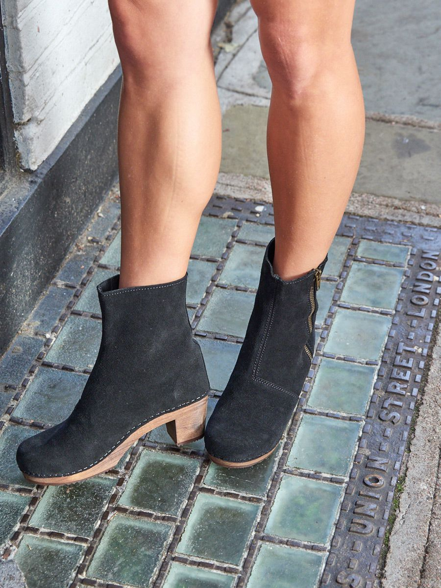 Lotta's Emma Clog Boots in Black Suede Leather