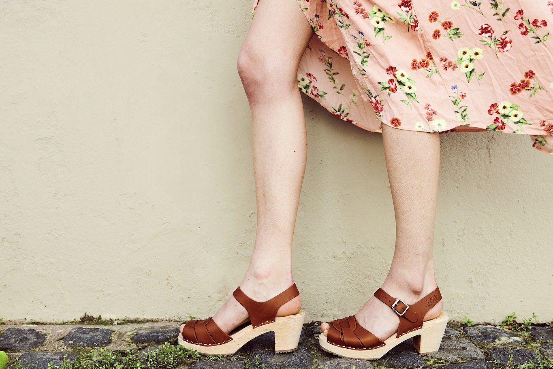 Peep Toe Clogs Tan Leather