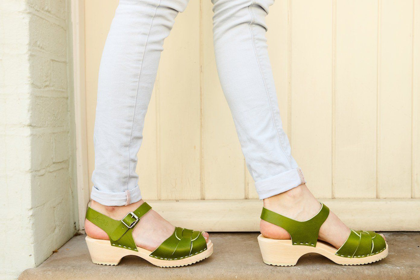 Low Peep Toe Apple Green
