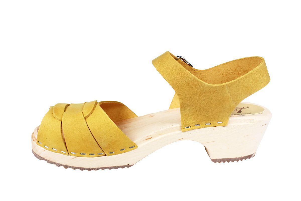 Low Peep Toe Yellow Oiled Nubuck