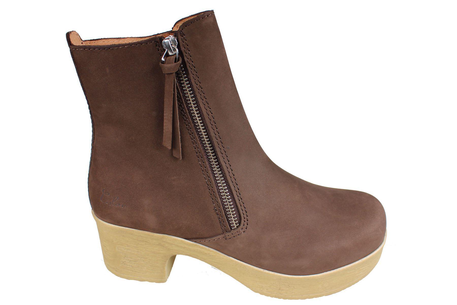 Calou Moa Boot in Brown Nubuck