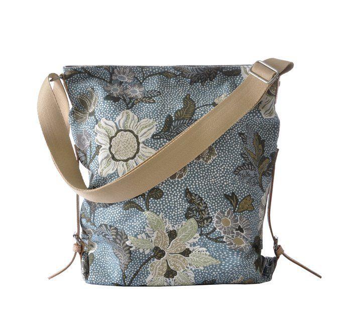 Ceannis Dusty Blue Flower Linen Shoulder Bag