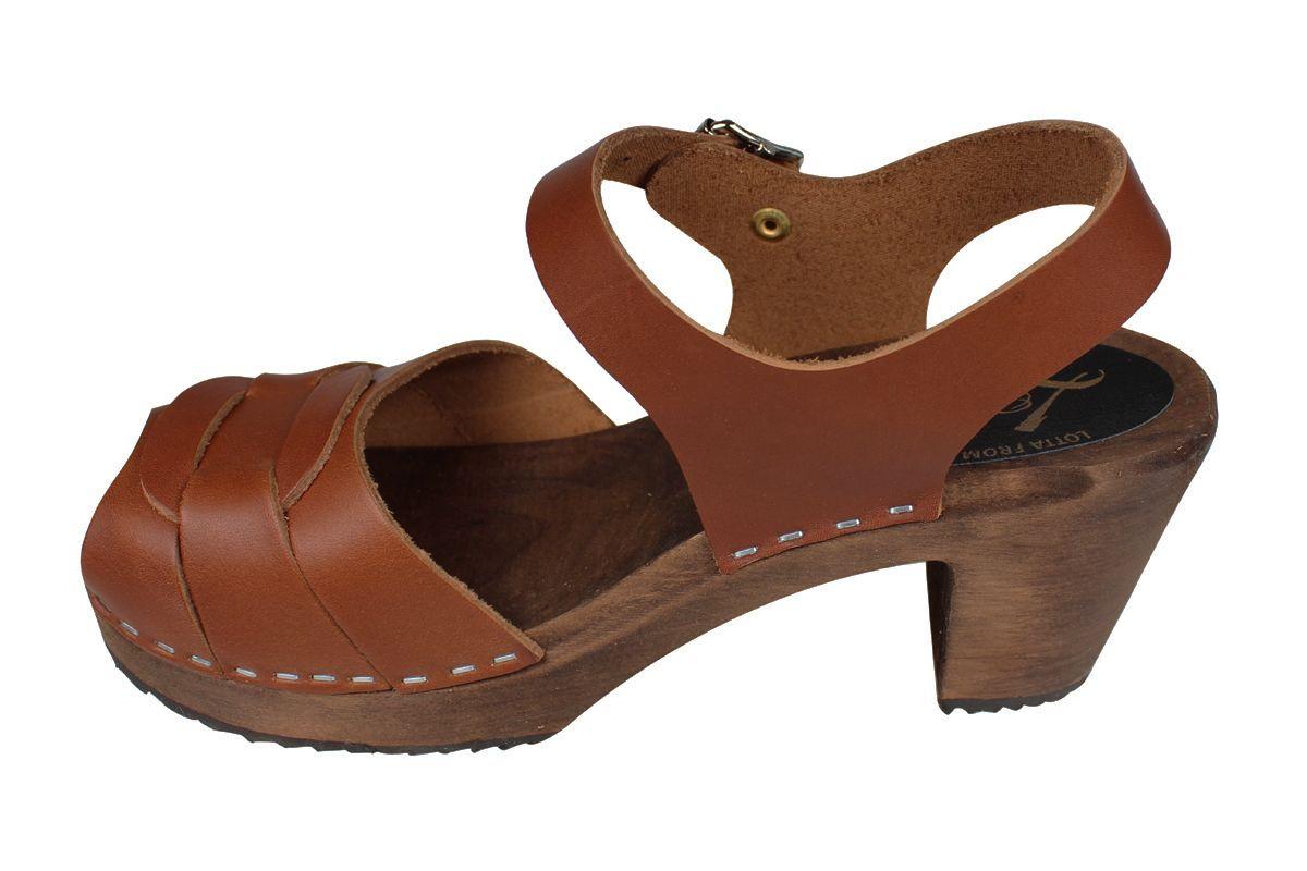 Peep Toe Cinnamon Clogs on Brown Base