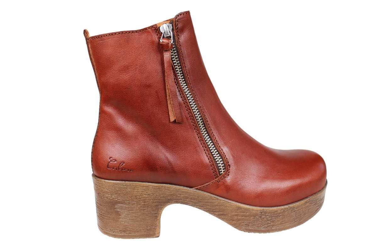 Calou Moa Boot in Brown