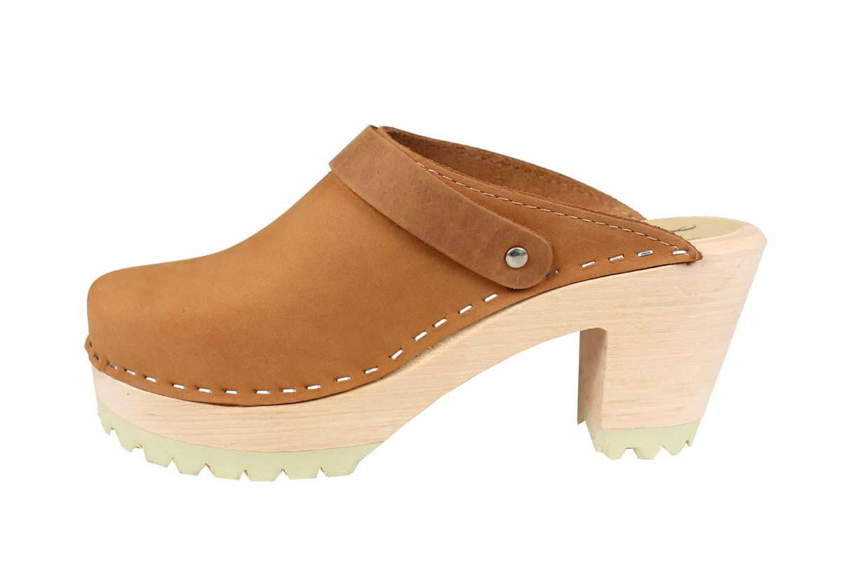 High Heel Clog Tractor Sole Brown Oiled Nubuck