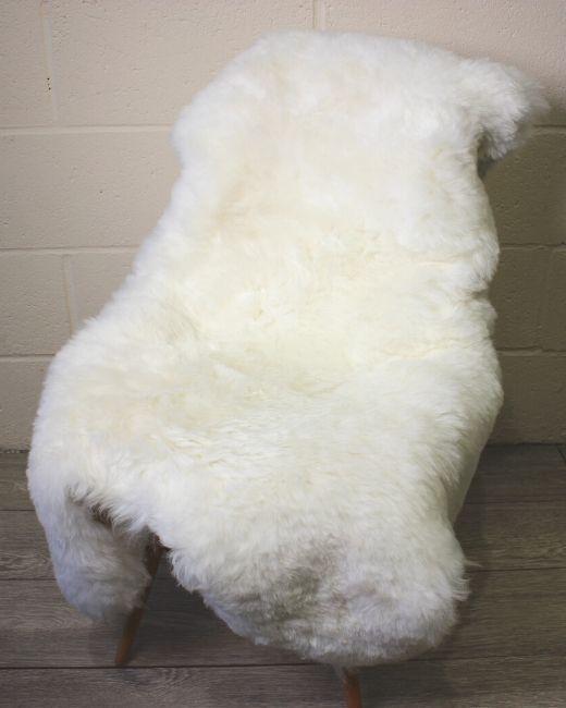 White Shorn Icelandic Sheepskin-M