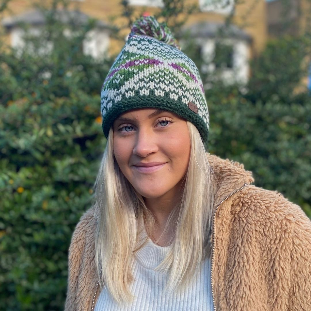 Kusan Bobble Hat in Green