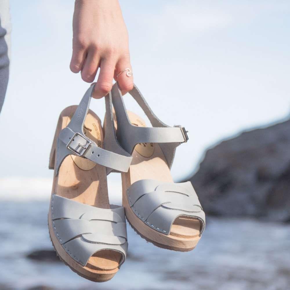 Peep Toe Sea Grey Oiled Nubuck Clogs