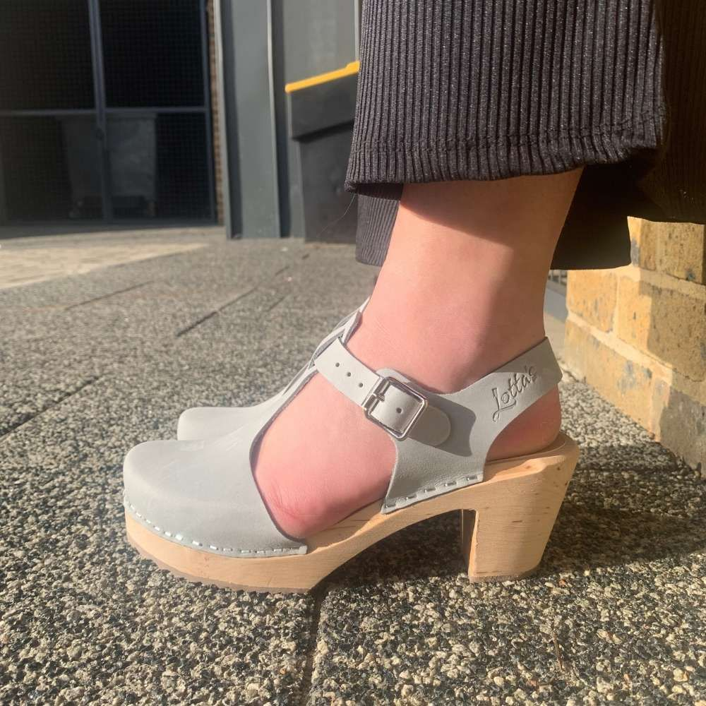 Highwood T-Bar Sea Grey Oiled Nubuck Clogs